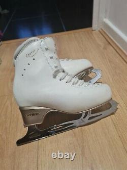 EDEA Chorus Figure Ice Skates size 235 (2.5uk)
