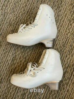 Edea Chorus Size 245 Figure Skating Boots Ice Skating Used Good Conditions