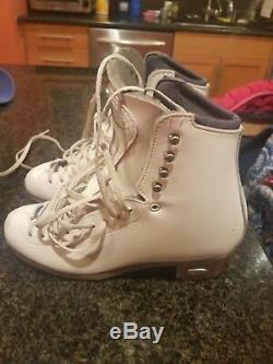 Figure Skate 255 Motion Boot Only Riedell Size 5