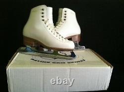GAM 50 Celebrite Josee Chouinard Ice Figure Skates 3 1/2 MK Professional Blades