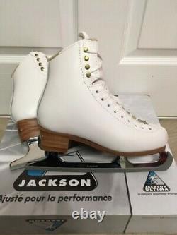 Jackson Freestyle Figure Skates White Size 5C New