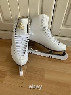 Ladies Jackson Artiste Figure Skating Ice Skates Size 6