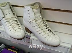 Ladies Jackson Elite DJ5500 5.5C Figure Skating Boots