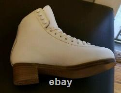 NEW Graf JR Ladies Richmond Special Ice Figure Skate Boots Size 4.0 S