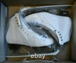 RIEDELL 133 DIAMOND Ladies Ice Skates White Size 5 A boots CAPRI blades figure