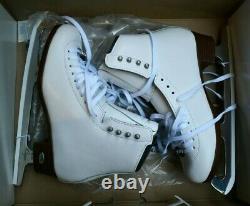 RIEDELL 133 DIAMOND Ladies Ice Skates White Size 7 A boot CAPRI blades figure