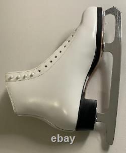 RIEDELL 375 Ladies Figure Ice Skates White Size 11 B GOLD Star BOOTS Nice