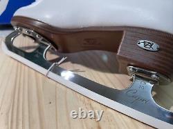 Riedell Model 133 Size 6, Wide Width Figure Skates (white)