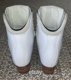 Used For 2 Weeks- Jackson 5200 6D Figure Skating Boots